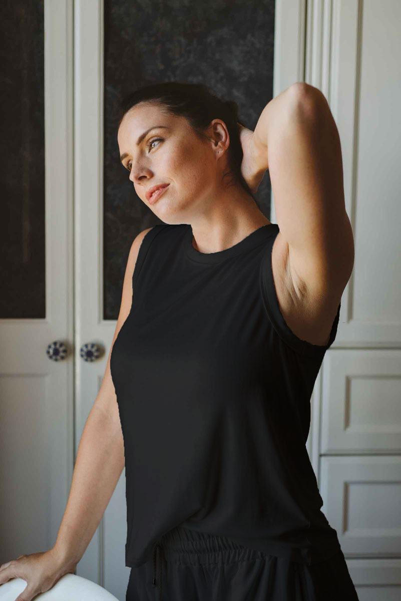 Sleeveless-T-black-loungewear-made-in-South-Africa